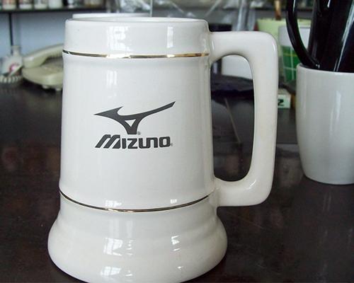 美津浓logo案例