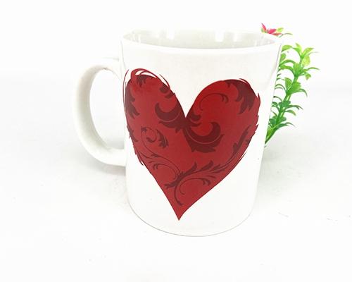 爱心陶瓷杯